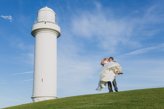 Newcastle-Wedding-Photographer-Our-Work-Wollongong-Lighthouse